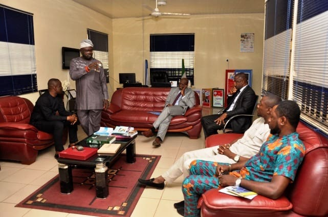 VC Receives IUO Alumni Exco in His Office 3